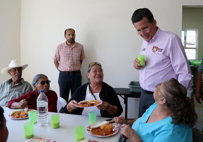 Comedor comunitario en valle verde beneficia a 120 for Proyecto social comedor comunitario